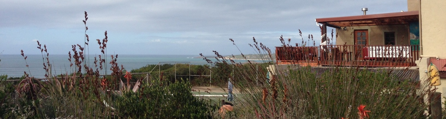 accommodation boggomsbaai, sandpiper cottages